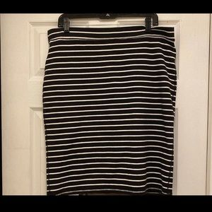 Striped Pencil skirt NWOT